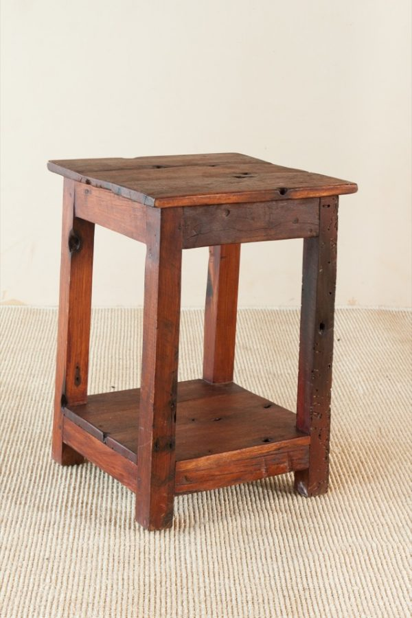 Bed Side Table Kitulo